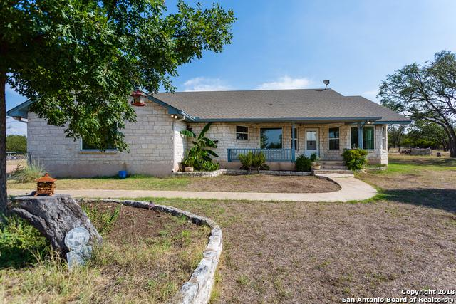 160 Dee St, Fredericksburg, TX 78624 (MLS #1329469) :: The Castillo Group
