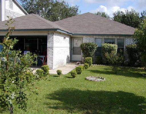 9535 Campton Farms, San Antonio, TX 78250 (MLS #1329732) :: Magnolia Realty