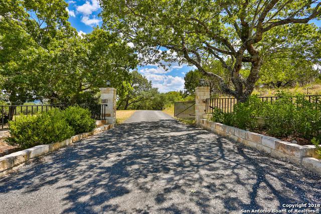 121 Sabine Rd, Boerne, TX 78006 (MLS #1329998) :: Alexis Weigand Real Estate Group