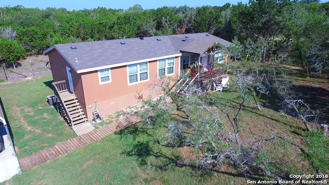 323 Candy Rd, Pipe Creek, TX 78063 (MLS #1330757) :: Alexis Weigand Real Estate Group