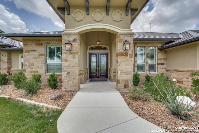 275 Abrego Lake Dr, Floresville, TX 78114 (MLS #1330939) :: Magnolia Realty
