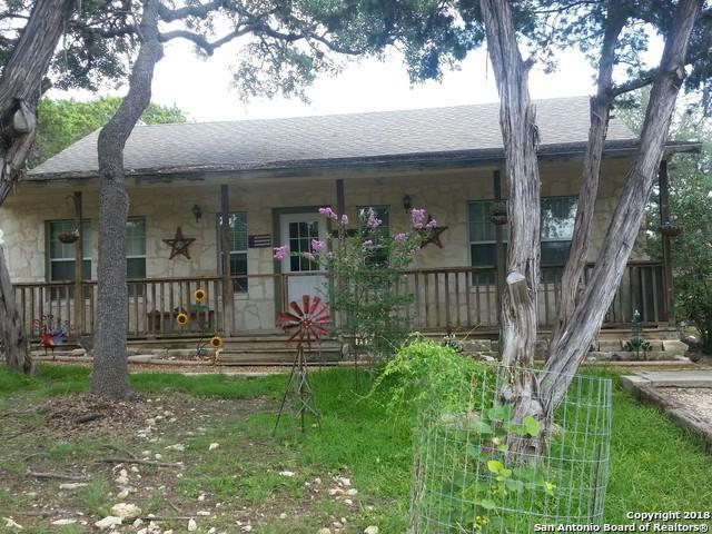 308 Black Bass Rd, Pipe Creek, TX 78063 (MLS #1331071) :: NewHomePrograms.com LLC