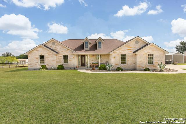 316 Stage Coach, La Vernia, TX 78121 (MLS #1331256) :: Neal & Neal Team