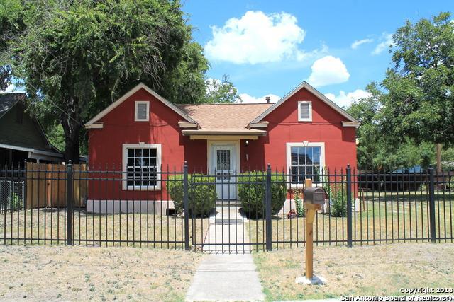 327 Crane Ave, San Antonio, TX 78214 (MLS #1331457) :: The Castillo Group