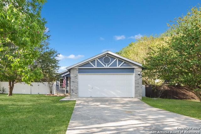 348 Bentwood Dr, Boerne, TX 78006 (MLS #1331465) :: Alexis Weigand Real Estate Group