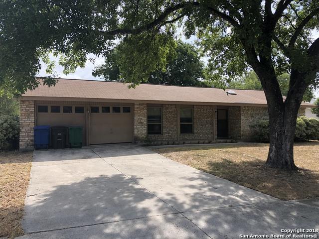 7426 Castle Trail Dr, San Antonio, TX 78218 (MLS #1332225) :: Magnolia Realty