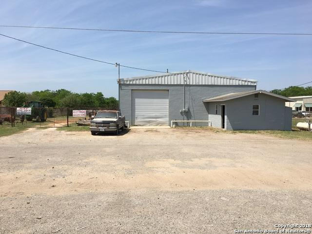 2647 Bi 35, Pearsall, TX 78061 (MLS #1332242) :: Ultimate Real Estate Services