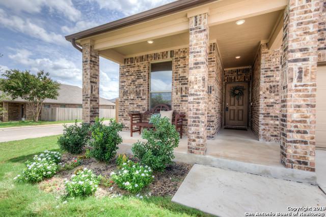 1402 Bluejay Ct, San Antonio, TX 78245 (MLS #1332328) :: Alexis Weigand Real Estate Group