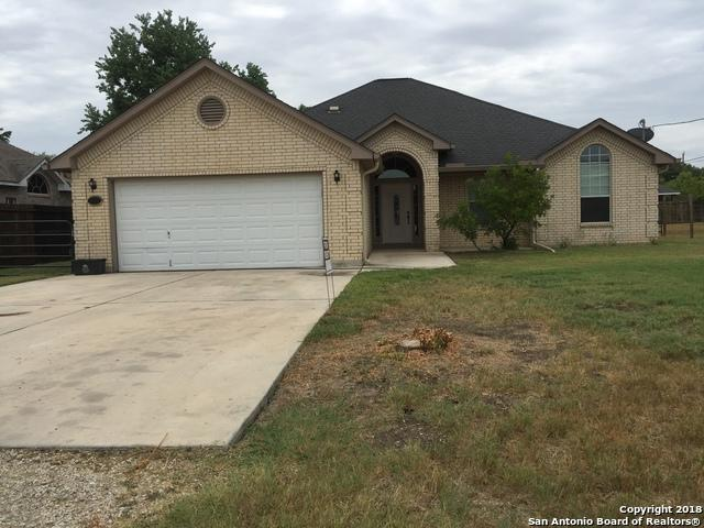 8412 Bluffside Blvd, Selma, TX 78154 (MLS #1332329) :: Alexis Weigand Real Estate Group
