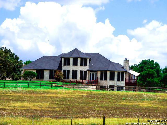 532 Lake Valley Drive, La Vernia, TX 78121 (MLS #1332346) :: Exquisite Properties, LLC