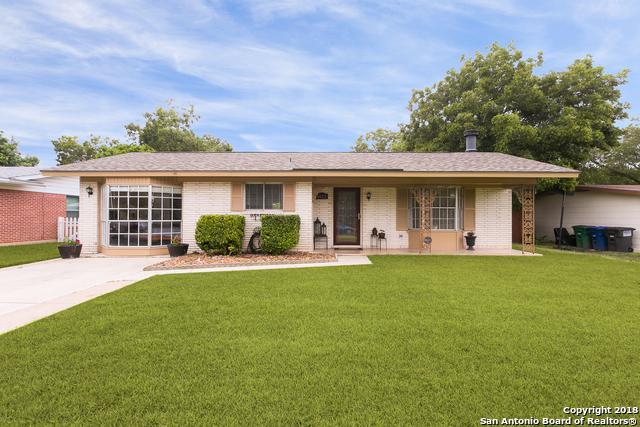 1023 Mount Serolod Dr, San Antonio, TX 78213 (MLS #1332517) :: ForSaleSanAntonioHomes.com