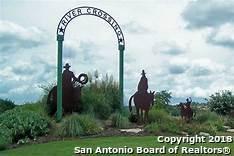 351 Fossil Hills Loop, Spring Branch, TX 78070 (MLS #1333043) :: The Castillo Group