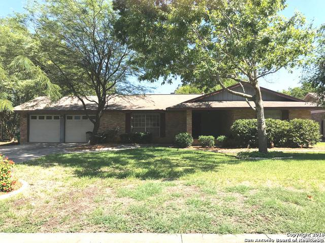 120 Creekside Dr, Boerne, TX 78006 (MLS #1333232) :: The Castillo Group