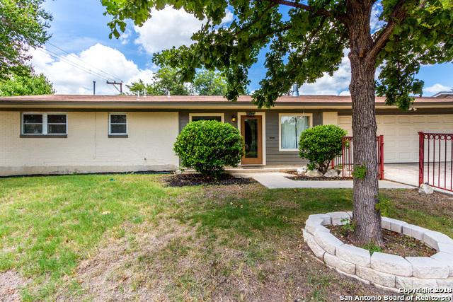 303 Redcliff Dr, San Antonio, TX 78216 (MLS #1333287) :: Alexis Weigand Real Estate Group