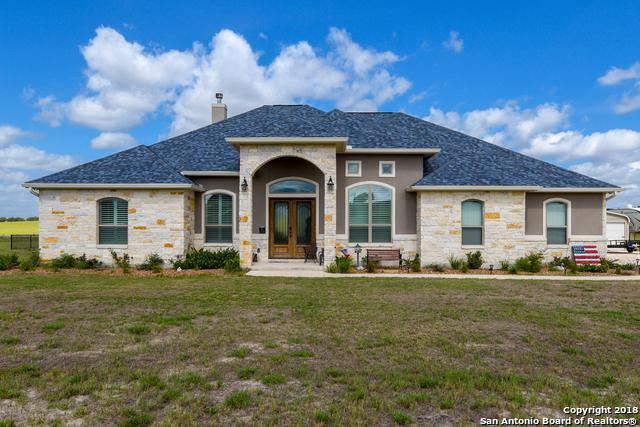 246 Triple R Dr, La Vernia, TX 78121 (MLS #1333297) :: The Castillo Group