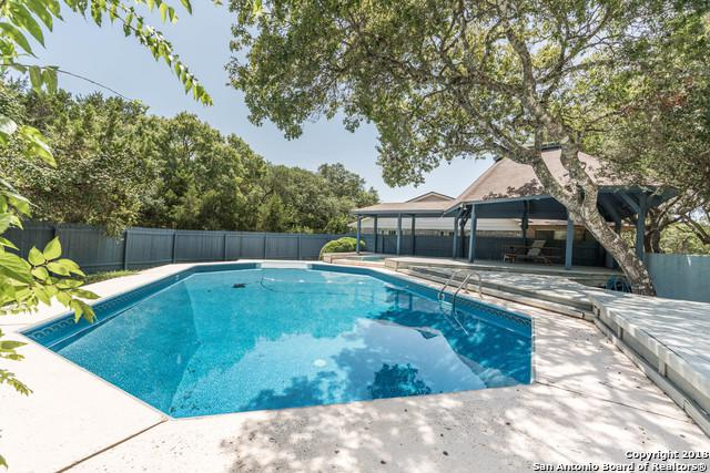 9982 Dos Cerros Loop E, Boerne, TX 78006 (MLS #1333497) :: The Castillo Group