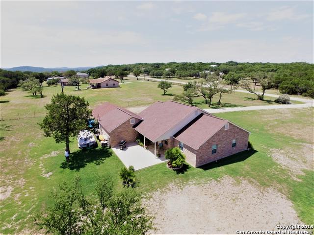 1491 Lakeside Dr, Lakehills, TX 78063 (MLS #1333662) :: Alexis Weigand Real Estate Group