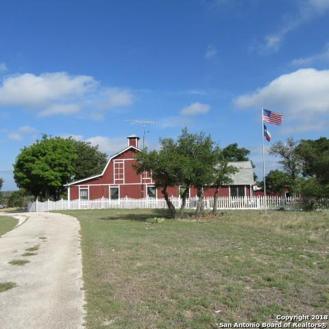 5120 Zenner-Ahrens Rd, Kerrville, TX 78028 (MLS #1333714) :: The Castillo Group