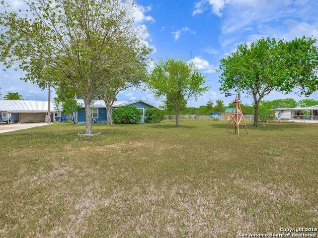 3878 Stagecoach Rd, Seguin, TX 78155 (MLS #1333735) :: Alexis Weigand Real Estate Group