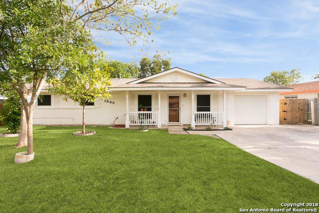 5846 Castle Brook Dr, San Antonio, TX 78218 (MLS #1334083) :: Alexis Weigand Real Estate Group
