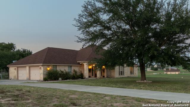 505 Lake Valley Dr, La Vernia, TX 78121 (MLS #1334495) :: Magnolia Realty