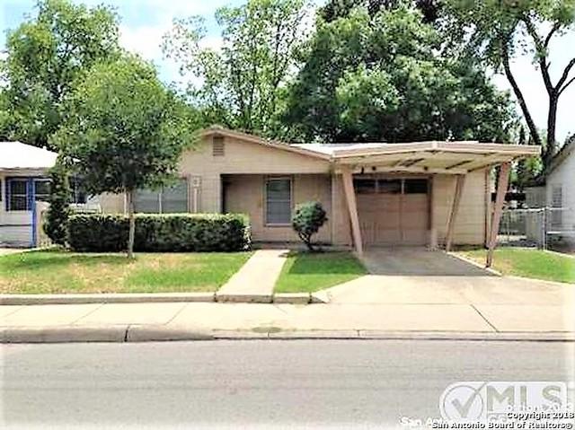 1700 W Hildebrand Ave, San Antonio, TX 78201 (MLS #1334832) :: Alexis Weigand Real Estate Group