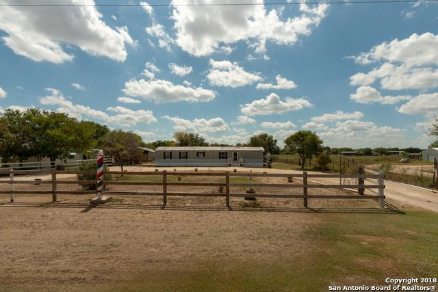 15770 Somerset Rd, Von Ormy, TX 78073 (MLS #1335323) :: Ultimate Real Estate Services