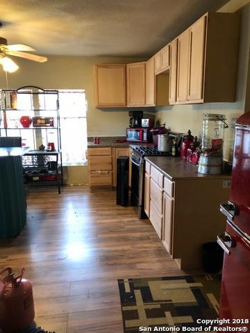 7339 Schultz Rd, Elmendorf, TX 78112 (MLS #1335614) :: Ultimate Real Estate Services
