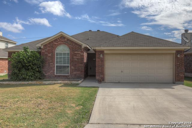 1611 Elizabeth Ct, New Braunfels, TX 78130 (MLS #1335662) :: Alexis Weigand Real Estate Group