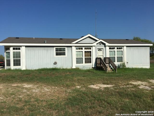 1960 Box House Rd, Lytle, TX 78052 (MLS #1335820) :: Erin Caraway Group