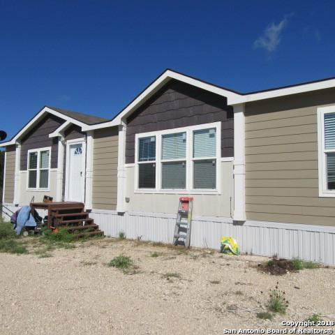 546 Mountain View Dr., Bandera, TX 78003 (MLS #1335948) :: Vivid Realty