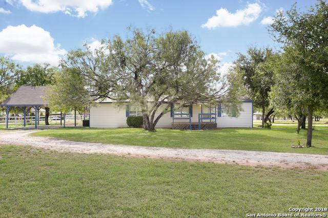 3537 Fm 1343, Devine, TX 78016 (MLS #1336017) :: Alexis Weigand Real Estate Group
