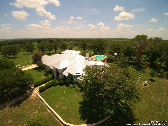 6838 State Highway 97 E, Floresville, TX 78114 (MLS #1336353) :: Exquisite Properties, LLC