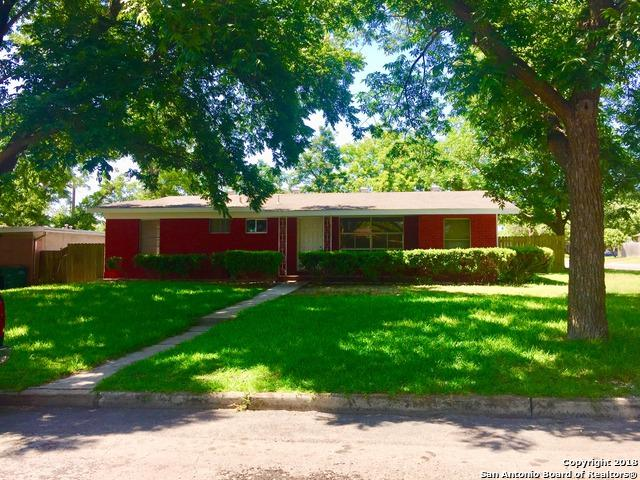 242 Locknere Ln, San Antonio, TX 78213 (MLS #1336459) :: Alexis Weigand Real Estate Group