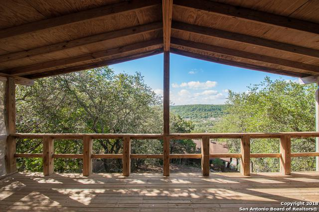 976 Skyline Dr, Canyon Lake, TX 78133 (MLS #1336564) :: Neal & Neal Team