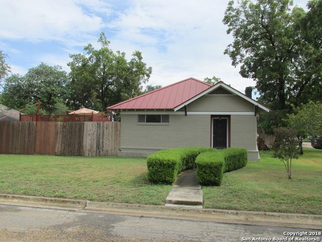 1309 20TH ST, Hondo, TX 78861 (MLS #1336590) :: Alexis Weigand Real Estate Group