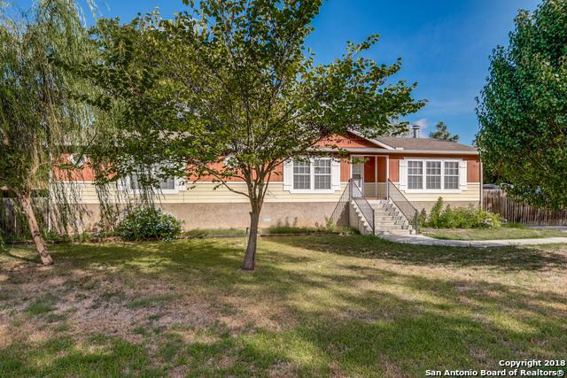 212 Pecan Dr Ne, McQueeney, TX 78123 (MLS #1336661) :: Alexis Weigand Real Estate Group