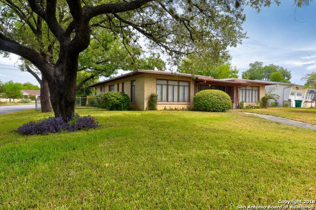 2555 W Kings Hwy, San Antonio, TX 78228 (MLS #1336801) :: Alexis Weigand Real Estate Group