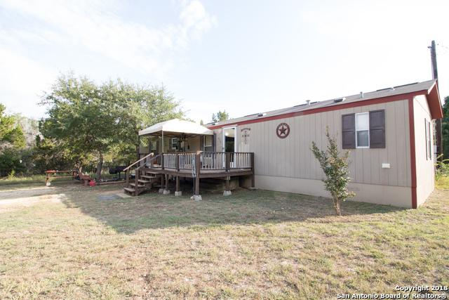 272 Oak Dr, Bandera, TX 78003 (MLS #1337218) :: Vivid Realty