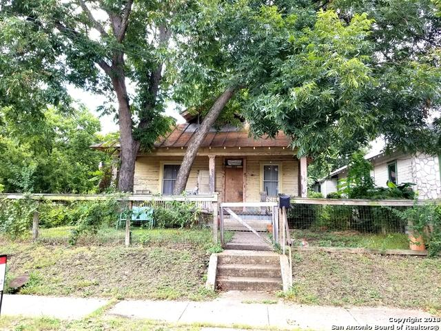 1032 Dawson St, San Antonio, TX 78202 (MLS #1337325) :: Alexis Weigand Real Estate Group