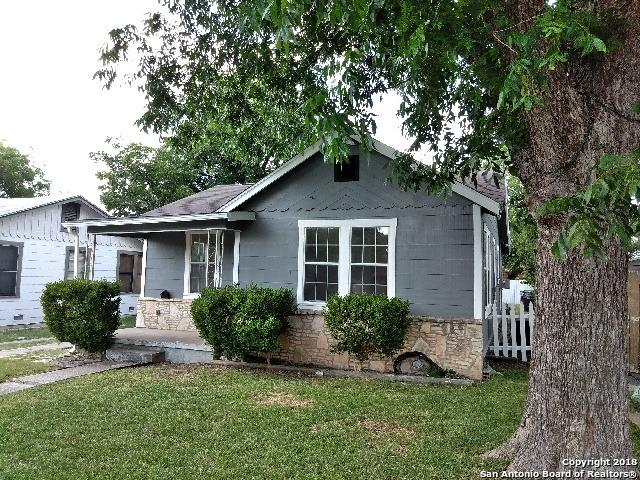 1410 W Hollywood Ave, San Antonio, TX 78201 (MLS #1337352) :: ForSaleSanAntonioHomes.com