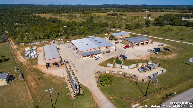10034 SE Us Hwy 290, Fredericksburg, TX 78624 (MLS #1337380) :: The Castillo Group