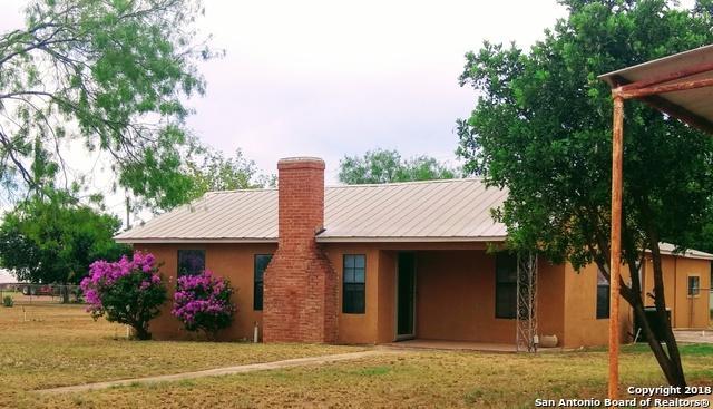 1106 Macomber, Cotulla, TX 78014 (MLS #1337623) :: BHGRE HomeCity