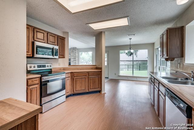 7710 Forest Fern, Live Oak, TX 78233 (MLS #1337662) :: Magnolia Realty