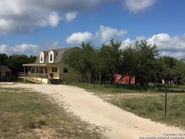 465 Lakeside Dr, Lakehills, TX 78063 (MLS #1337861) :: Alexis Weigand Real Estate Group