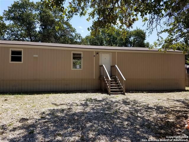 23206 Hickory Shadow, Elmendorf, TX 78112 (MLS #1337990) :: Alexis Weigand Real Estate Group