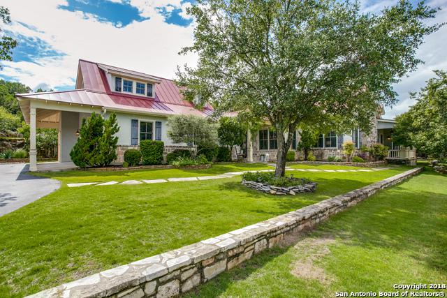 90 Canyon Bluff Dr, Boerne, TX 78006 (MLS #1338484) :: Alexis Weigand Real Estate Group
