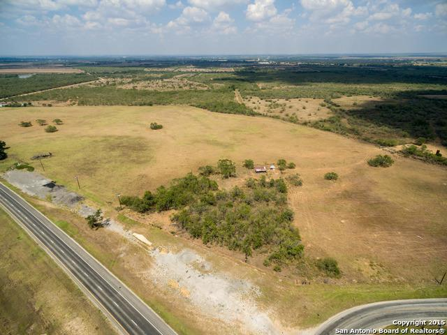 HWY 281, Leal Road & IH 37 Frontages -- 203 +- Acres, Pleasanton, TX 78064 (MLS #1338539) :: The Castillo Group