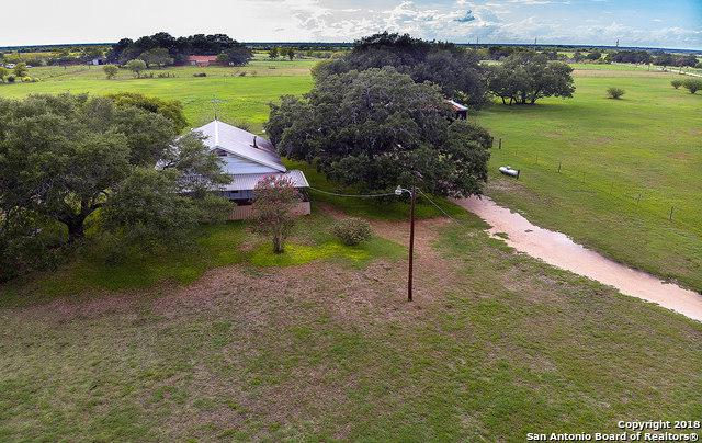 690 Schuenemann Rd, Seguin, TX 78155 (MLS #1338552) :: Ultimate Real Estate Services