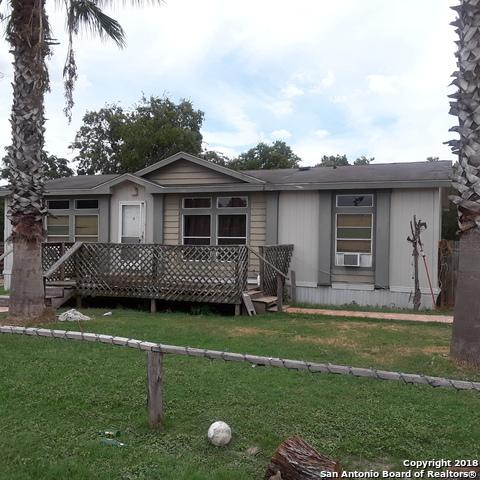 17490 Pleasanton Rd, San Antonio, TX 78221 (MLS #1339052) :: Alexis Weigand Real Estate Group